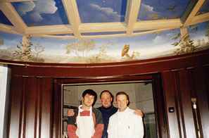 Holland - We assist Graham Rust with his ceiling mural in Hillersum