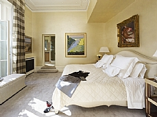 Faux Silk Walling